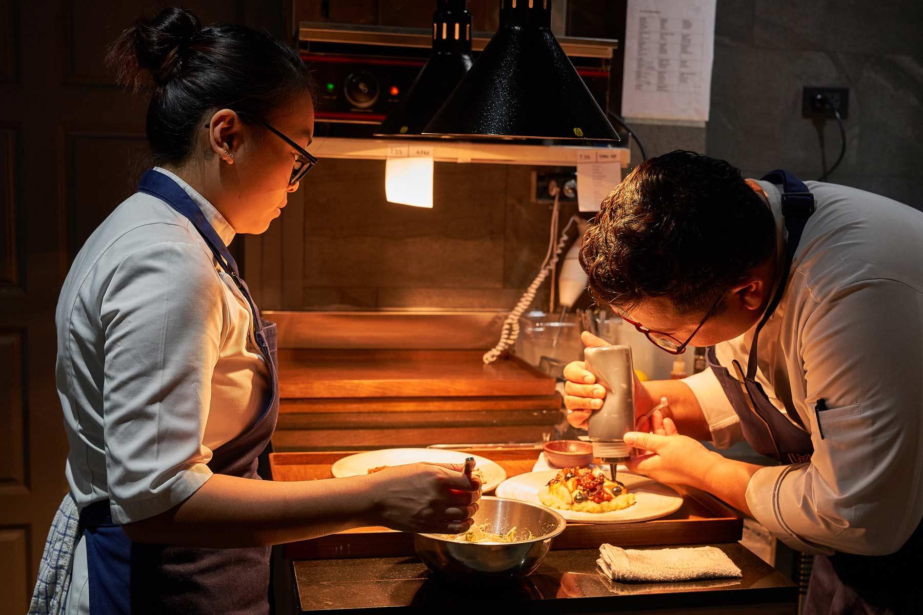 chefs mia restaurant